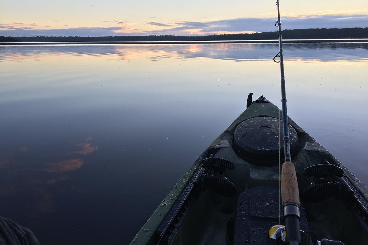 things-to-do-swan-lake-nsw-fishing