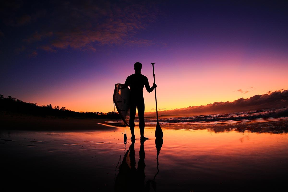things-to-do-swan-lake-nsw-paddleboarding